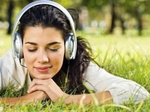 Музыка нам жить помогает