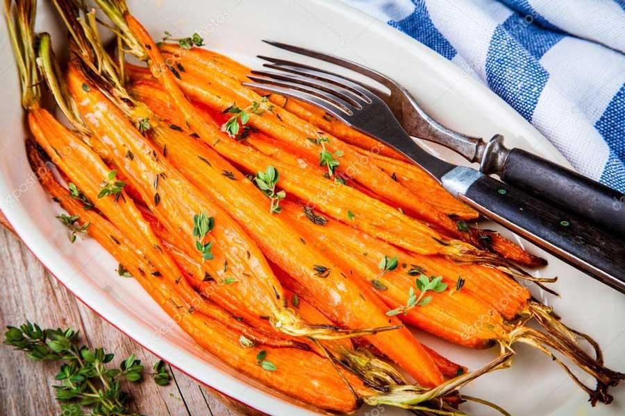 Морковь запеченная с тимьяном